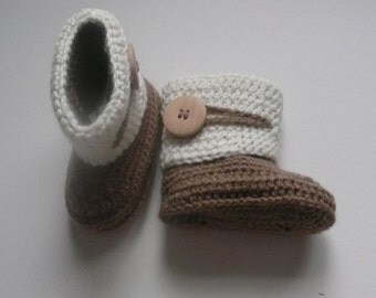 Crochet Baby Button loop Boots