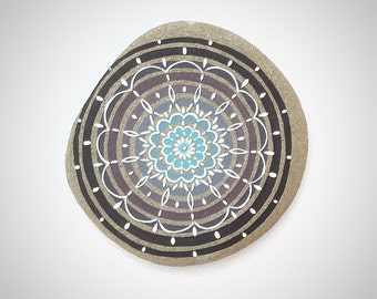 Mandalas, Hand Painted Stones, Paperweights, Homedecor.