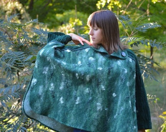 Green Lush Meadow - wool fashion felt poncho/cape with felted shibory fragments and embroidery OOAK  Plus Size - ready to sheep!