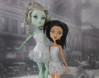 Romantic burlesque all white corset hand made fits Monster High doll