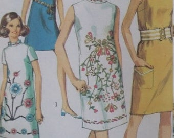 UNCUT and FF Pattern Pieces Vintage Simplicity 7985 Sewing Pattern Size 14 Bust 36 One-Piece Dress