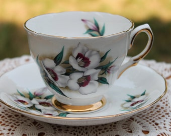 """COLCLOUGH Bone China Teacup and Saucer Set """"pattern 7877""""  2 Sets Available"""