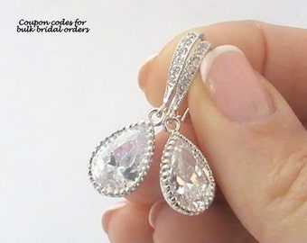 Crystal Earrings, Bridal Jewelry, Bridal Earrings, Cubic Zirconia Earrings Wedding Jewelry for Bride to Be Dangle Earrings Drop