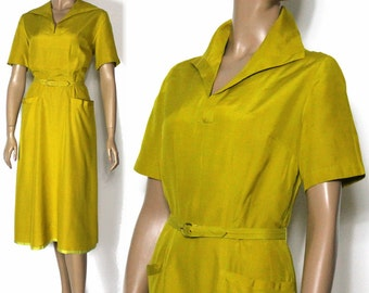 Vintage 1940s Dress// Yellow Gold/ Pouch Pockets//Linen//Side Metal Zipper/Satin Hemline