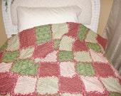 Christmas Rag Quilt Shabby ChicThrow Blanket