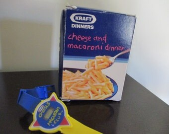 set Vintage Kraft Cheese and Macaroni Club crayons and watch