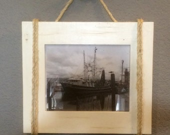 Shabby Chic Nautical Beach cottage 8x10 Rope Boat cleat Picture Frame in Distressed Whisper white