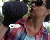 Grey Beer Cozy Knit Mitt  - Beer Cozy, Tea Cozy Mitt, Coffe Glove, Knit Mitten, Beer Mitten, 1 mitt, Grey, Knit, Drink Mitt, Women Men