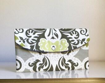 Green damask handbag- -gift idea- bridesmaid clutch- -bridal party gifts- -maid if honor gift
