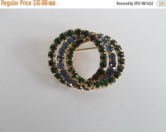 sale Vintage Green And Blue Glass Rhinestone Infinity Brooch.....no 410