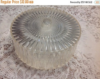 On Sale Vintage Plastic Cake Dome Crystal Pattern Cake Dome