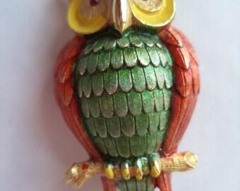 Vintage Signed JJ Brushed Goldtone Owl Brooch/Pin