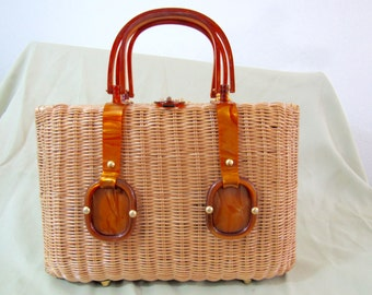 1950s - 60s Large Wicker & Marbled Caramel-colored Lucite Handbag