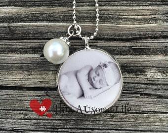 Beautiful Jewelry Grade Photo Necklace Keepsake