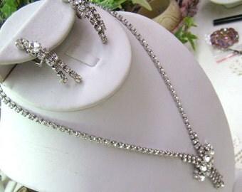 Summer Sale...Vintage Rhinestone Dangle Necklace/Rhinestone Clips...Waterfall ...Wedding Necklace...Rhinestone Jewelry