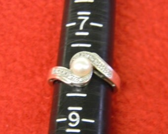 Sterling Silver 925 Lovely Purl Dainty Design Purl Size 8.25 ET 6128
