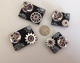 4 handmade steampunk magnets with Swarovski crystals