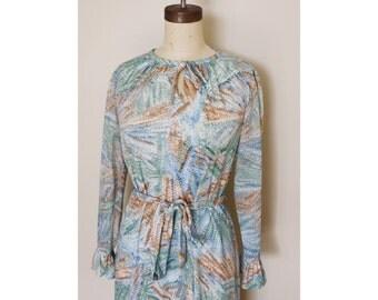 1970s Dreamy Blue Long Sleeve Dress