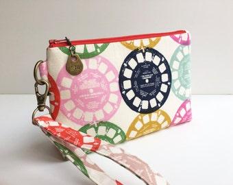 Wristlet - Pouch - Change Purse - Change Pouch - iPhone Pouch - Purse - Bag - Linen Pouch - Phone Wristlet - Wallet - Wristlet Wallet