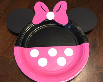Minnie Mouse dessert plates