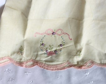 Vintage Pillowcase - Handsewn - Vintage Linen - Antique Linen