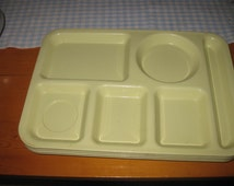 4 vtg Melmac Silite Cafeteria Trays great for camping picnic or crafting made in Chicago model 614 free ship