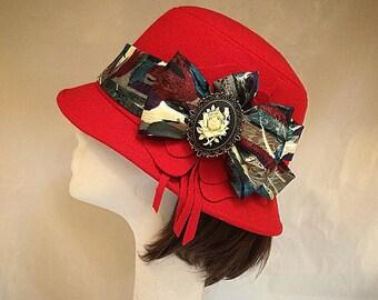 Red hat, Downton abbey, British hat, cloche hat, Ladies hat, red wool hat, Vintage hat