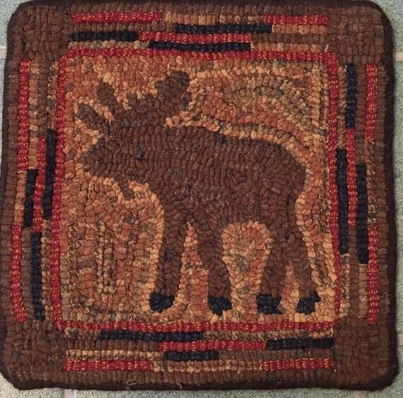 """Rug Hooking Pattern, Wandering Moose  10"""" x 10"""", P131"""