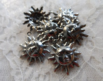 """Vintage gold or silver plate brass stamped sun charms,3/4"""",10pcs-CHM103"""