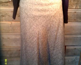 Woman's Vintage Wool Blend Maxi Skirt, size 10, by Jones New York, Long Skirts 10, Winter Maxi Skirt 10, Womens Skirts 10, Black Skirt 10