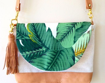 Palmleaf crossbody bag