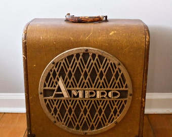 "PRICE REDUCED! Vintage AMPRO 12"" Deluxe Speaker Amp"