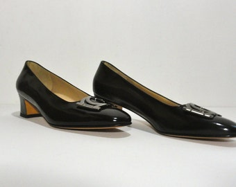 80s Black Ferragamo Pumps Near Mint, Vintage 1980s Made in Italy Florence Shoes Leather 8.5 AAA, Salvatore Ferragamo Heels Horsebit Detail