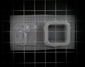 Present Gift Box with Bow and Ribbon Trinket Box Stash box Resin Mold