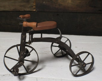 Vintage Tricycle for Display, Small Bicycle Garden Decor