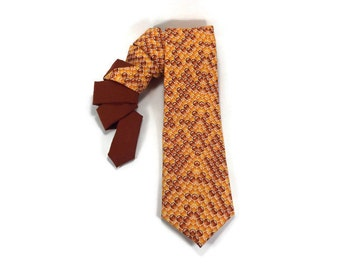 honey tie, honeycomb tie, deseret tie, bee necktie, spelling bee tie, bee keeper tie, beehive tie, beehive accessory, amber honey