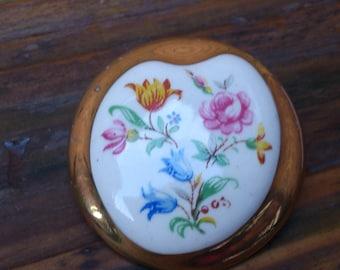 vintage china flower painted brooch