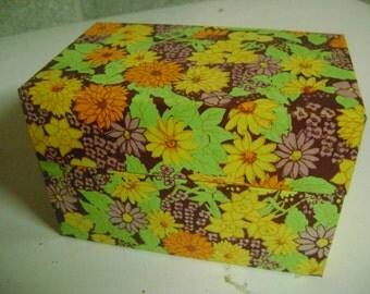 Metal File Box Retro Flowers Recipe Holder