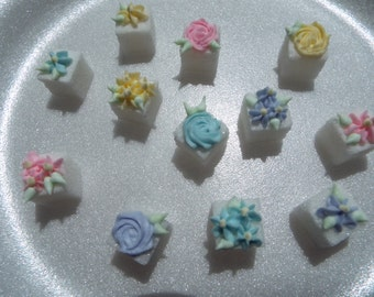28 Pcs Decorated Sugar Cubes Spring Collection 2 Rose & Flowers     Simply Darling