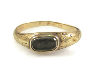 Victorian Era 14k Gold Mourning Ring - Size 8