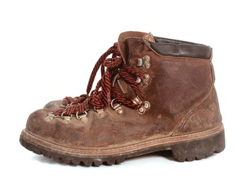 USA Women Leather Hiking Boot // Vintage Boots // Size 8 Boots // Hiking Boots // Brown Leather // Brown Leather Boots // Vintage Leather