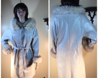 Fox Fur Trench Coat 60s Mod Coay Dove Gray  leather coat   vintage 60s fox fur  mod Dove  Leather  TRench Stroller