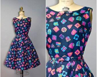 SUMMER SALE 20% OFF 1960's Novelty Print Dress//Navy Dress//60's Peter Pan Collar Dress