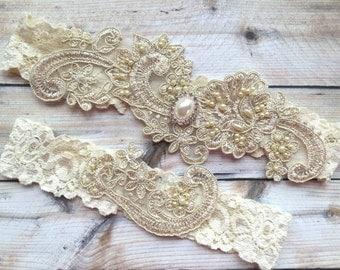 Pearl Garters, Beaded Garter, Gold Lace Wedding Garter Set, Pearl Garter Set, Beaded Wedding Garter, Pearl Bridal Garter, Gold Garter