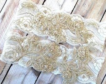 Gold Bridal Garter, Wedding Garter Set, Wedding Garter Gold, Gold and White Garter, Gold garter belt, Gold Garters, Gold Garter Set
