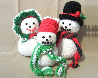 Vintage 80's Handmade Crocheted Snowman Family, OOAK Christmas Decor Holiday Decoration Winter Stuffed Characters Cute Unique Snow People