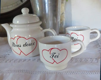 Retro French Moi, Toi cups and coffee pot