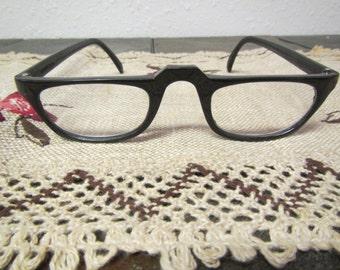 vintage  pair of BLACK PLASTIC RIM Glasses : Prescription glasses