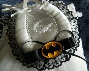 Wedding Good Luck Horseshoe Keepsake- Batman Horseshoe - Ivory and black lace