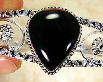 Beautiful onyx 925 bangle